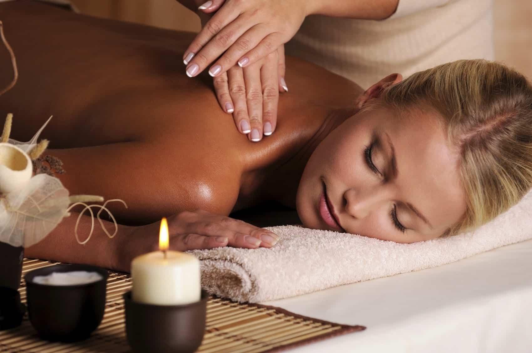 Massage Therapist working in Mississauga
